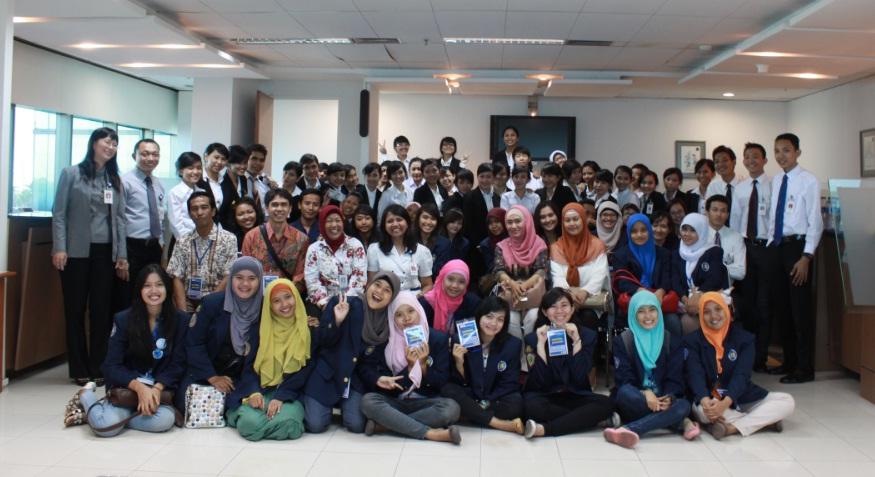 Kemahasiswaan Universitas Budi Luhur BCA Foto : Kunjungan Mahasiswa Universitas Budi Luhur Ke Bank BCA